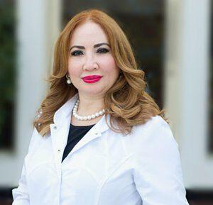 Dr Lola Ali